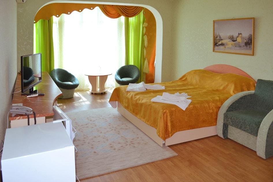 номер люкс с видом на море в отеле Воробьиное гнездо