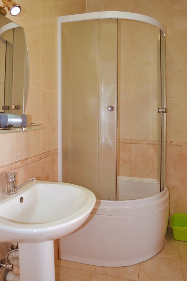 Комната для гигиены в отеле Воробьиное гнездо